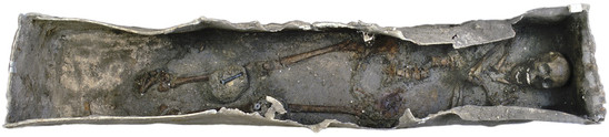 Fig. 7: The 'lead lady'. A 4th century lead coffin of a rich lady was found under the current Burchtstraat. She was buried with all kinds of riches, like glass bottles with perfume. Credit: Bureau Archaeology and Monuments, City of Nijmegen